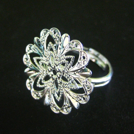10 20mm filigree rings, silver plated, with a star flower pattern, ON SALE