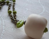 REDUCED \/ SALE - Vintage soft cream apple necklace - With brass and Green