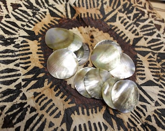 2 to 2.5 inch Mother of pearl round shell- size  2 to 2 1/2 inch- one dozen, Tahitian costume, mop shell, black lip shell