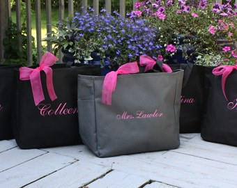 9 Bridesmaid Totes, Affordable Bridesmaid Gifts, personalized tote bag, bachelorette party gifts, bridal party gifts, set of 9 totes