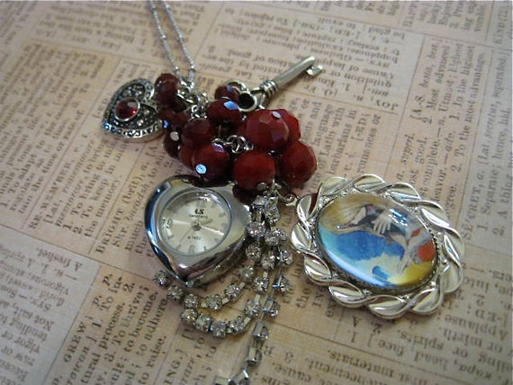 Time for Alice Charming Necklace