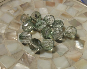 15 Czech  fire polished 10mm faceted round beads Crystal Mint