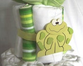 Cloth Diaper Cake with Prefolds - Starter Stash - Froggy Frog