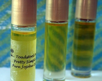 Midnight Kiss Perfume Oil Body Oil Organic Jojoba Oil Roll On made by Toadstool Soaps