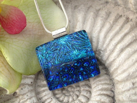 Fused Glass Jewelry - Dichroic Glass Pendant - Dichroic Fused Glass Jewelry - Blue  - Necklace  061112p109