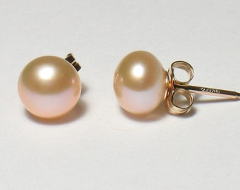 """Peach Freshwater Pearl Post Earrings in Gold Filled 6-7mm (.24-.28"""", medium size)"""