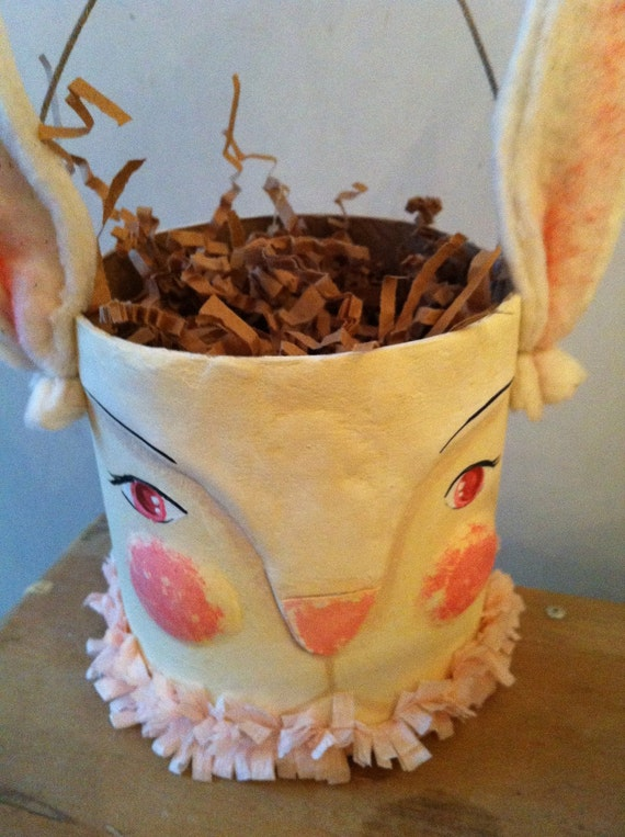Pretty Spring Rabbit Easter Basket Pattern