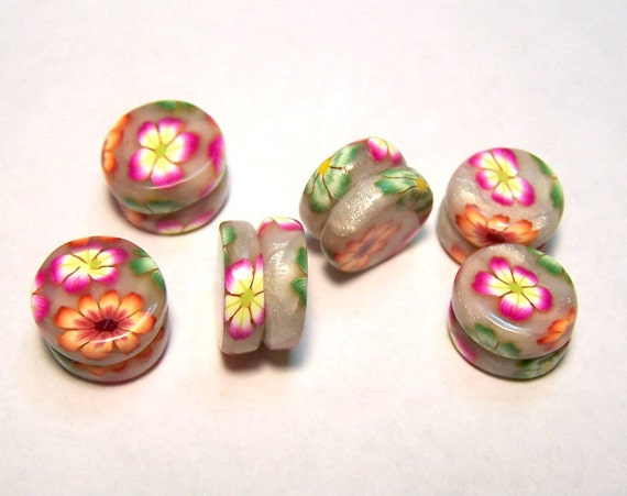 Hand made floral patterned Yo Yo beads set of 6