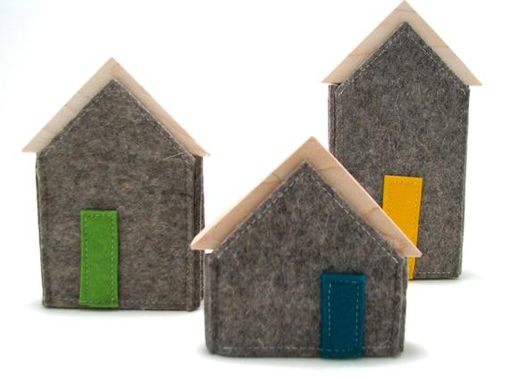 Little Neighbourhood- Wood and Felt Houses