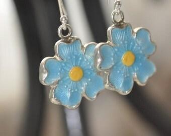 Enamel Daisy Dangle Earrings