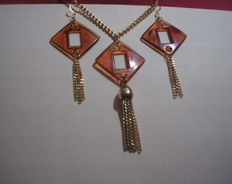 oh how seventies jewelry  retro recycled parts upcycled  repurposed trashion fashion