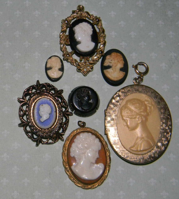 Destash Vintage Cameos for arts crafts upcycle 5 locket