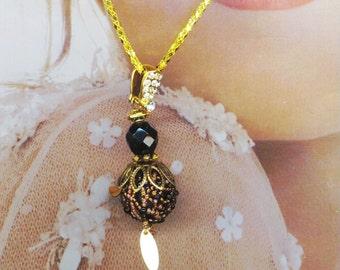 Bee Pendant .  Beaded Bead . Bee Keeping . Beadwoven Bee . Halloween Insect . Brass Wings . Victorian - Honey Bee by enchantedbeads on Etsy