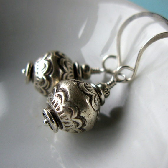 Sterling Silver Earrings Thai Hill Tribe .....Riley.....