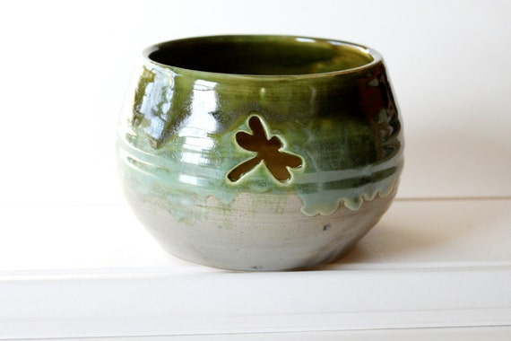 Handmade Yarn Bowl with Dragonfly Cutout // Large Stoneware Bowl