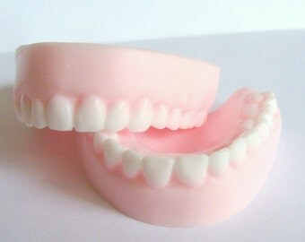 Soap Denture Teeth April Fool's Day Prank Gift Birthday Gag Geek Funny Soap Party Favors, Halloween Trick or Treat Gifts, 40th Birthday Gag