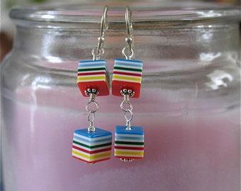 Coloring cube earrings