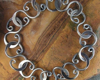 Hammered S-Link Bracelet Oxidized Sterling Curve - 8.5 inches 21.6cm