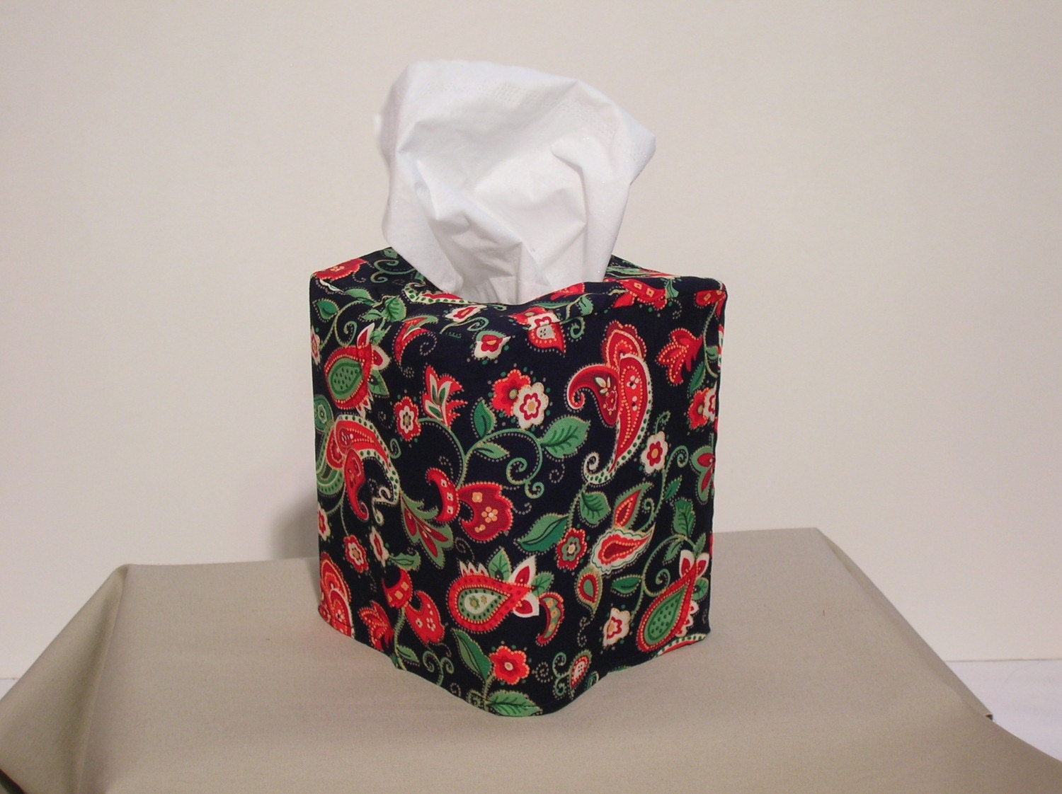 Tissue Box Cover, reversible, 2 Holidays