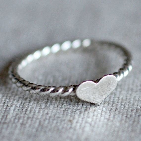Sweet Heart Ring - Sterling Silver with Twist Band