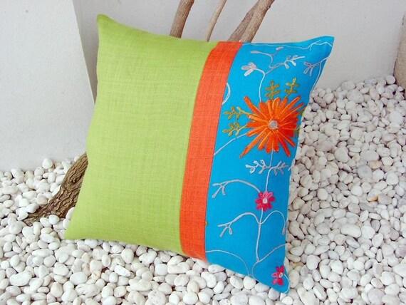Bloom cushion cover