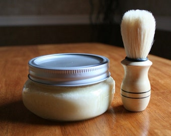 Old-fashioned shaving kit with brush, choose your scent!
