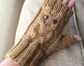 Owl Cable Fingerless Knit Gloves - Surly Sheep PDF Pattern