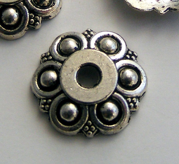 14pcs Antique Silver Bead Caps 13mm Z-N1130-AS