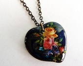 Vintage Black Glass Heart Pendant Necklace