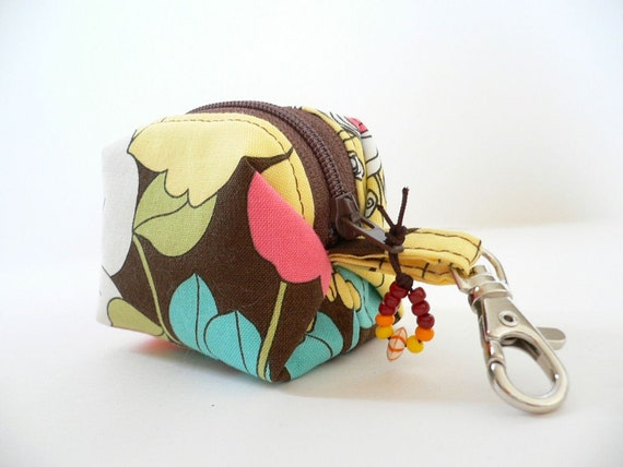 Dinky Little Dice Pouch - Brown Summer in the City