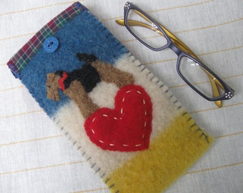 Welsh Terrier Eyeglass / Sunglasses Case, Vintage Wool