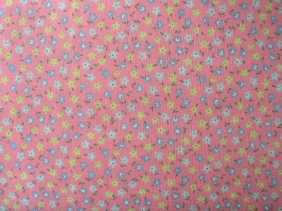 Japanese Fabric Lecien Mrs March Little Flowers Fat Quarter - pink