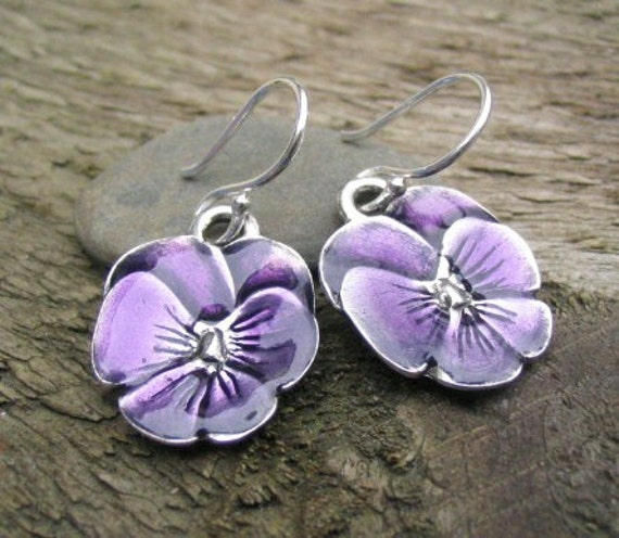 Shy ....................... Vermont Danforth Pewter Earrings and Pendant