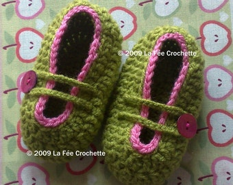 Mary Jane crocheted baby booties newborn and 0 - 3 months