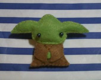 Star Wars Yoda doll felt brooch accessory