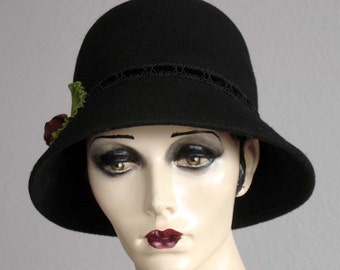 Black Felt Cloche For Everyday Wear On Sale
