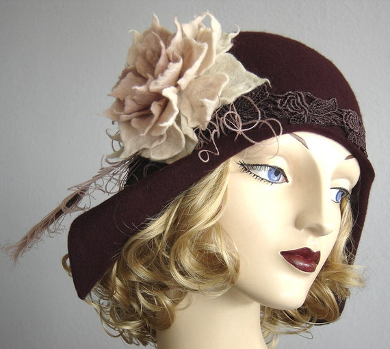 1930's Old Hollywood Style Merlot Cloche