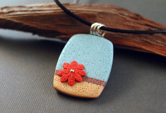 Red Daisy. Necklace, choker. Polymer clay pendant and leather cord.