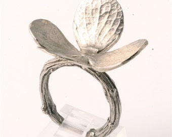 925 Sterling Silver Ring  Single 4 leaf flower and Branch  size 6 by zulasurfing