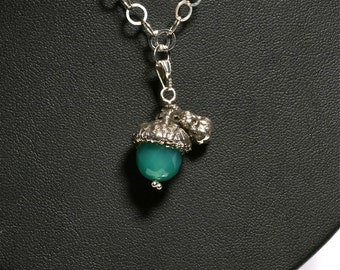 Acorn Necklace Sterling Silver and Green Onyx Stone Acorn jewelry by zulasurfing