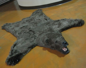Gorgeous Brown Faux Grizzly Bearskin Rug - Limited Edition (24)