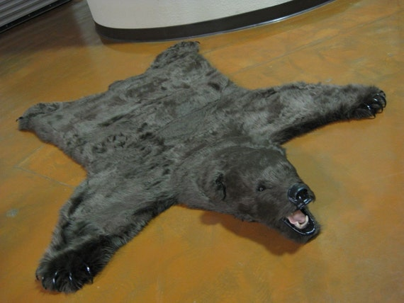 Gorgeous Brown Faux Grizzly Bearskin Rug - Limited Edition (17)