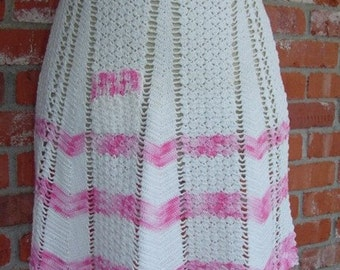 Vintage Apron half style handcrocheted white and pink cotton
