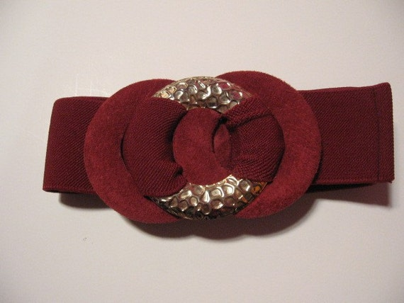 Vintage 80s Dark Red Circle Belt