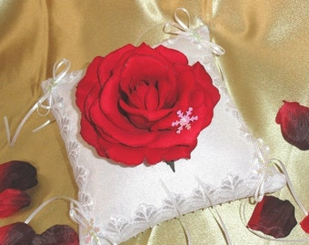 Beauty & The Beast-Winter Rose Ring Pillow-Snowflakes-Red Rose-Valentine-Winter Wedding