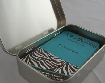 25 Knitting Gift Tags - Zebra