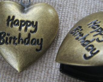HAPPY BIRTHDAY Locket 24x22mm (in antique brass tone) Code 136
