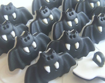 20x BLACK BAT BUTTONS - Code 88019