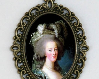 Marie Antoinette Necklace in a Hat Diy French Queen History revolution