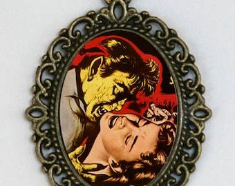 Vampire Necklace biting Girl Diy Horror b-movie creepy punk psychobilly